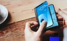 Gli smartphone pieghevoli saranno la novità tech più importante del 2019