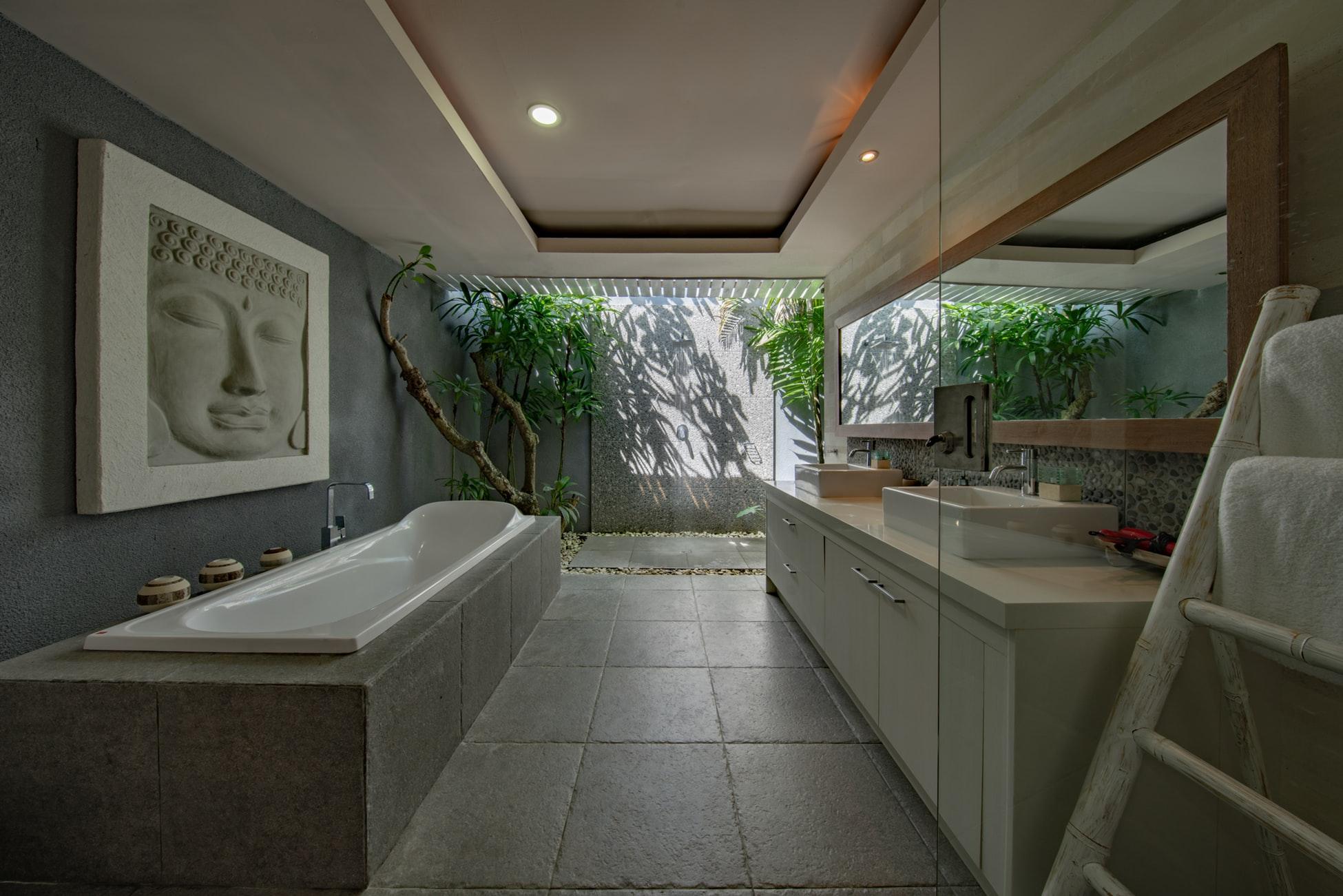 Non solo sanitari: arredamento bagno a 360°