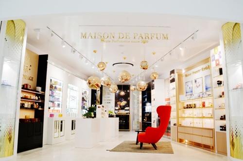 Profumeria Maison De Parfum