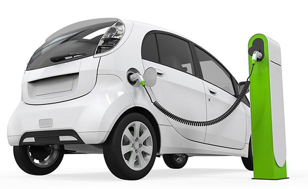Guida al noleggio di un'auto elettrica a lungo termine