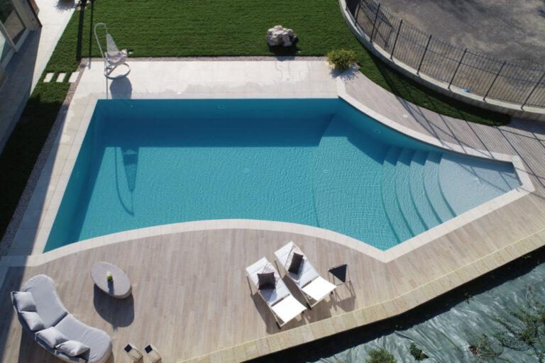 """La piscina diventa un sogno realizzabile grazie ai modelli """"fuori terra"""""""