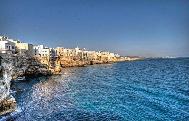 Cosa non possiamo farci mancare in una vacanza in Puglia